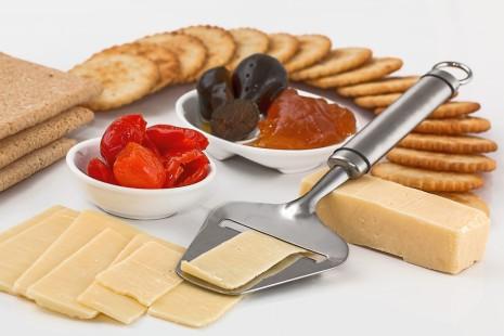 cheese-slicer-650029_1280-e1427820830234[1]