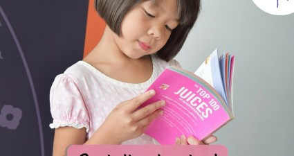 Catchy freebie template girl reading