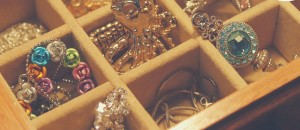 free jewelry student letter exchange jewels ring necklace bracelet earrings freebie catchyfreebies